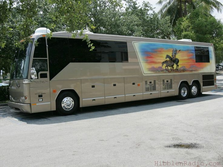 1000 Images About Famous Tour Buses On Pinterest Buses