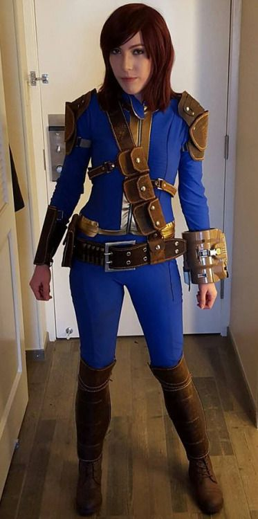 Kick-ass Sole Survivor cosplay byViverra Cosplay  fallout fallout cosplay fallout cosplayers vault 111 cosplay