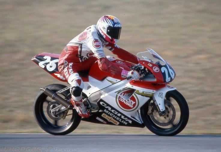 1994 Valentino Rossi Cagiva Mito SP, http://www.daidegasforum.com/forum/foto-video/552552-valentino-rossi-raccolta-foto-thread.html