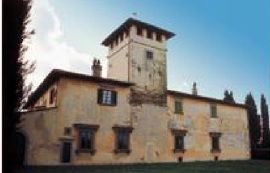 Casa torre inglobata successivamente nei fabbricati di una fattoria nei pressi di Bagno a Ripoli