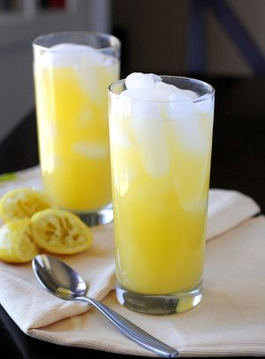 Mango lemonade is delicious nonalcoholic mixed drink.Very easy to make!
