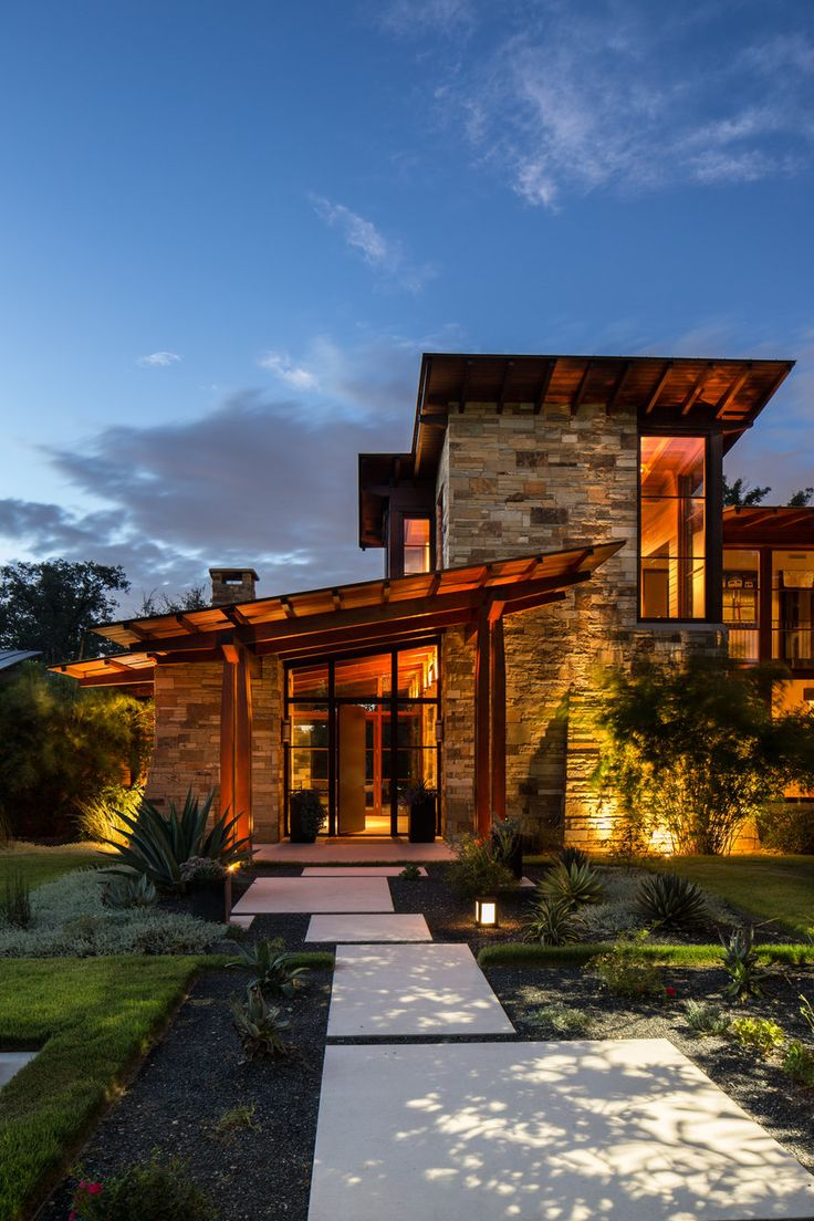 Rustic Modern Entry - Architect, Ryan Street & Associates, Austin