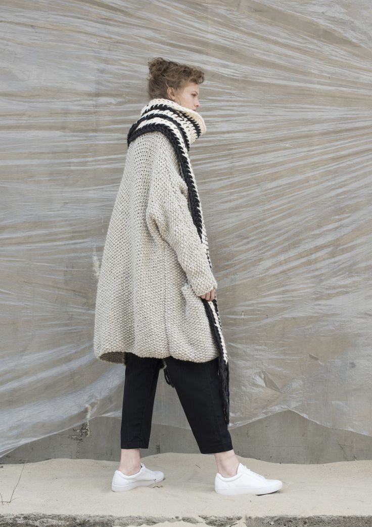 Anna Dudzińska, NATURAL THING, aw2016, sweater ROSKE, scarf STRIPEM. To download high or low resolution product images view Mondrianista.com (editorial use only).
