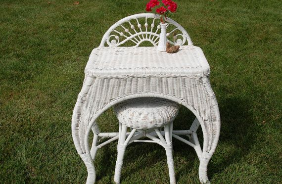 This is a beautiful antique wicker dressing table and stool that will look fabulous in your bedroom, bathroom or dressing area in your home -