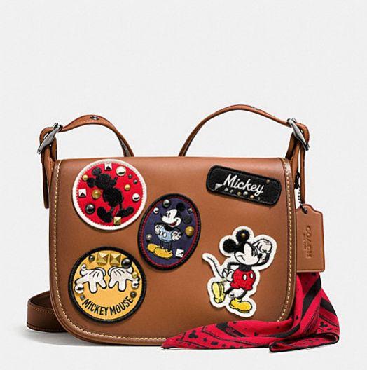 Mickey vira inspiração para coleção linda da Coach com a Disney | Capricho