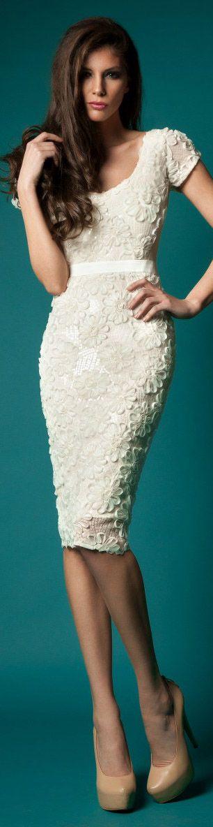 www.becketttravel.com                 Rehersal Dinner dress!    Rochie de Mireasa Cristallini Limited Edition