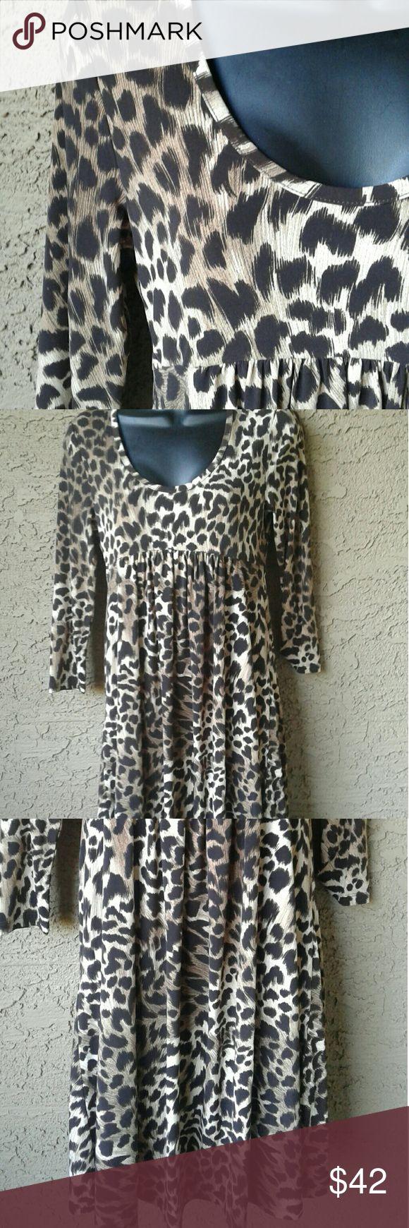 Michael kors cheetah dress Like new condition, size xs/xp, 37 in. Long, 94 % polyester, 6%spandex, Michael Kors Dresses