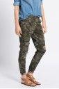 Spodnie i legginsy Casual (na co dzień)  - Only - Spodnie Zadie Antifit Camu Aop Ankle