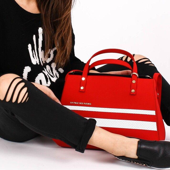 •LA FILLE DES FLEURS• SALDI Porta con te l'eleganza e la morbidezza del bauletto MINI KATE   Scoprilo qui > http://goo.gl/Yg7Ncz   #lafilledesfleurs #borsa #bauletto #donna #woman #bags #minikate