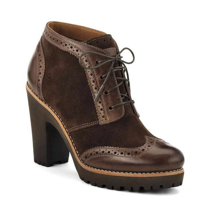 Like a sexy granny boot [Sperry Top-sider Women's Emory Oxford Lug Heel Boot]