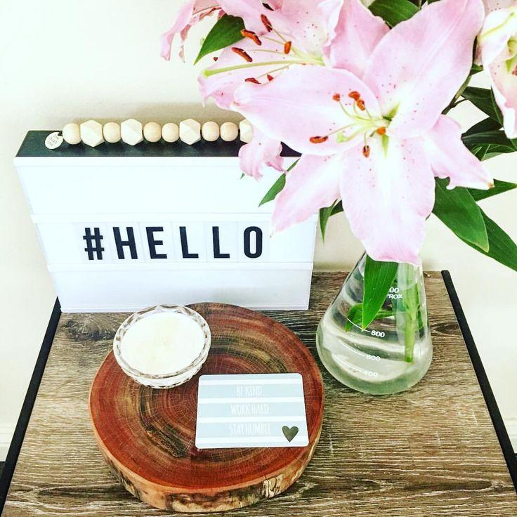 #homestyle #shelf #sidetablestyling #flowers #woodengarlands #soycandles #decor #homedecor #style