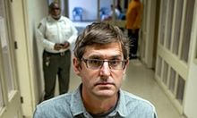 """""""Louis Theroux: By Reason of Insanity review – Louis really doesn't look out of place ina psychiatric hospital 