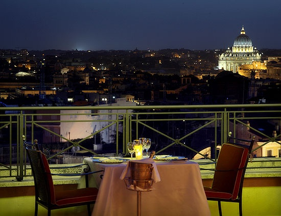 Hotel Bernini Bristol | Rome, Italy  | Small Luxury Hotels of the World™ | slh.com