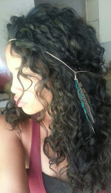 From Peaches to Apples : Styles Every Curly Girl Should Master My grand daughter hair is curly like this you have too keep it oiled and conditioned;-)