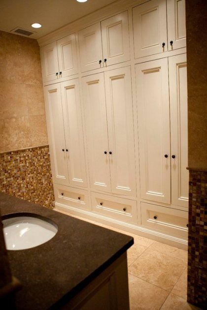 Best 20 bathroom built ins ideas on pinterest - Bathroom storage cabinets floor to ceiling ...