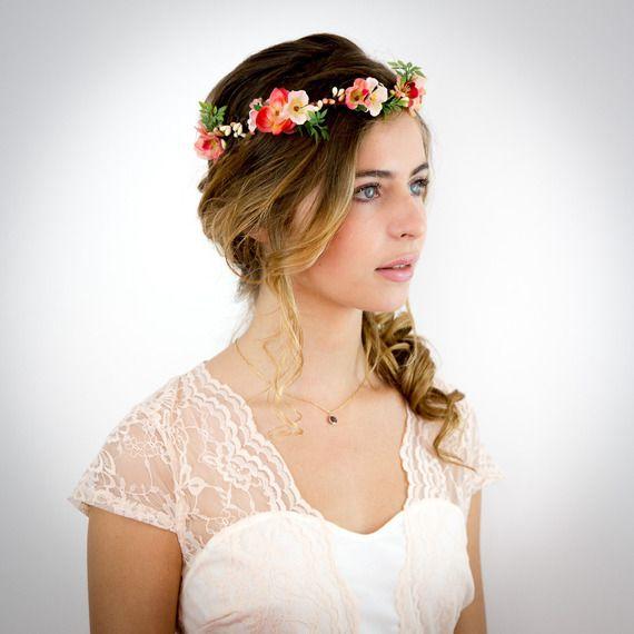 Couronne de fleurs corail, pêche et ivoire: Noélie -  Accessoire cheveux Mariage