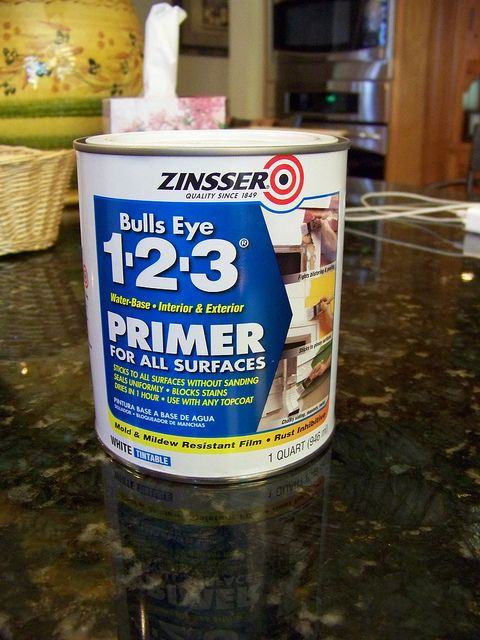 How to paint a bed frame. Zinsser primer, no sanding needed before or after!