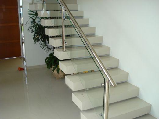 Escada em Porcelanato (12)