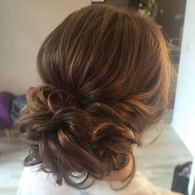 Die Probetermine sind in vollem Gange und ich LIEBE es! #makeup #makeupartist #mua #hairstylist #bridalhair #bridalmakeup #photoshoot #weddingdress #weddinggown #updo #bridalupdo #softupdo #wavyupdo #weddingphotography #bridalstyling #braut #brautstyling #brautstylingberlin #berlin #potsdam #visagist #braids #brautmakeup #brautfrisur #probetermin #hairinspiration #bridalinspiration #glamhair