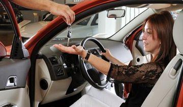 Cum alegem cea mai buna inchiriere a unei masini puternice?