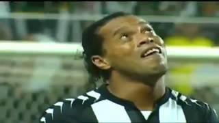 Uffffffff! Ronaldinho Rompe En Llanto Despues De Marcar Un Golaso!, via YouTube.