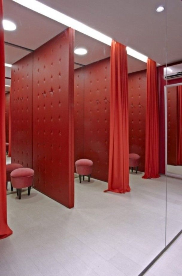 Fitting Room Designs For Retail: 43 Best Fitting Rooms Images On Pinterest