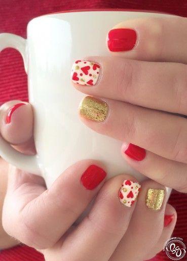 Uñas color rojo con dorado – 20 Ideas geniales | Decoración de Uñas - Manicura y…