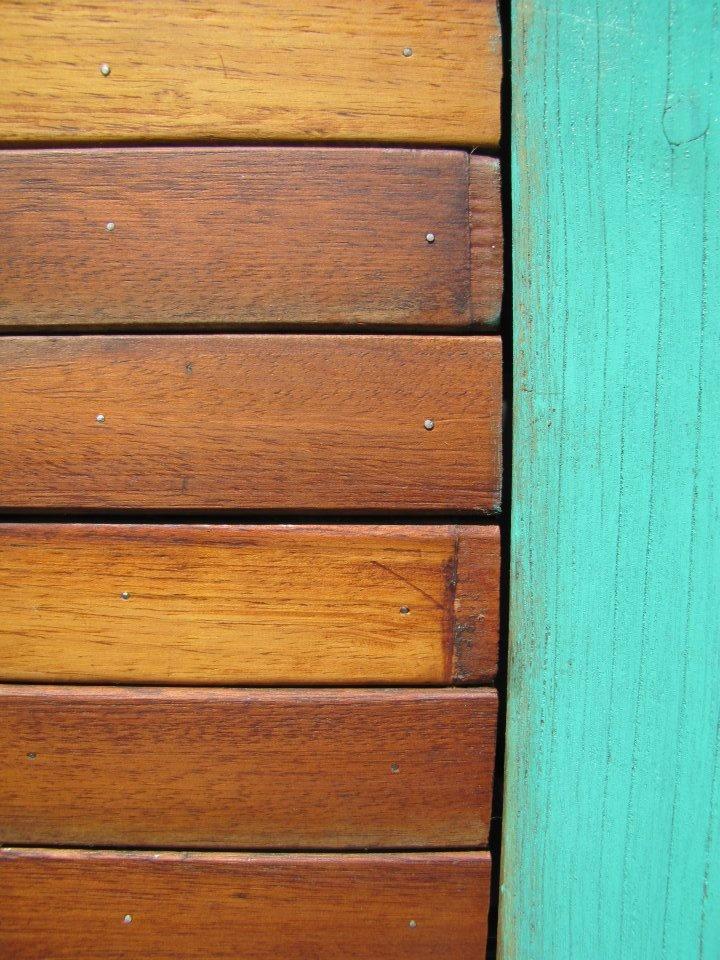 Roperos by Woodhead  www.facebook.com/WHMUEBLES