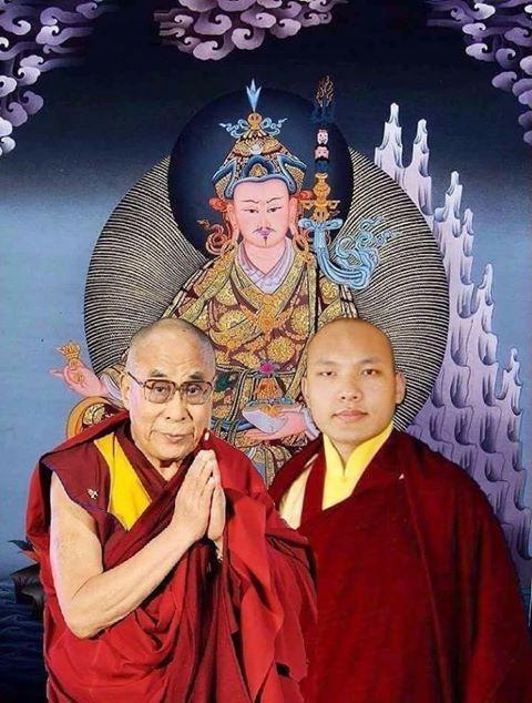 His Holiness great14th #DalaiLama of #Tibet & His Holiness 17th Gwalyang #Karmapa Wisdom &…   Buddhist iconography. Vajrayana buddhism. Buddhist ...