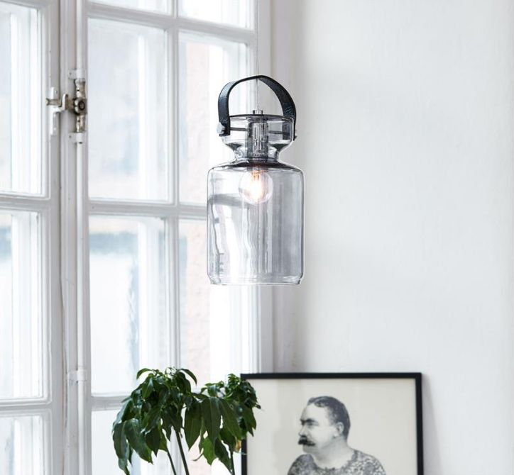 Milk från Markslöjd. En cool fönsterlampa som har formen av en gammal mjölkkanna. #milk #markslöjd #fönsterlampa