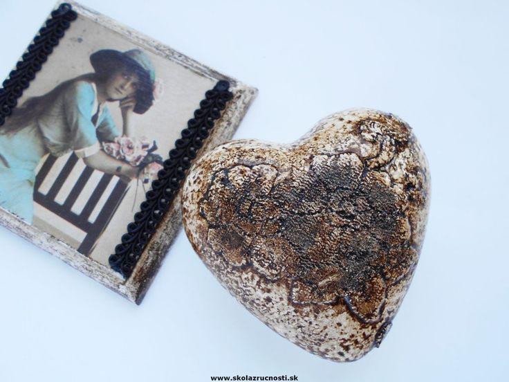 polystyrén srdce  styro heart patina vintage