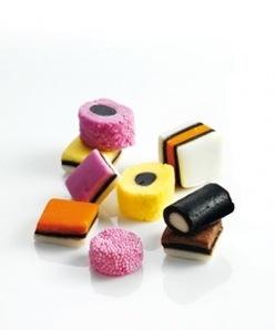 LINDA. Favorite: Engelse drop | LINDA. blog, snoep, candy, english, albert, heijn, pot, lijnt, linda, lindalijnt, #lindamagazine