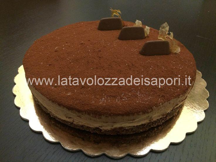 Torta Gianduiotto  http://www.latavolozzadeisapori.it/ricette/torte/torta-gianduiotto