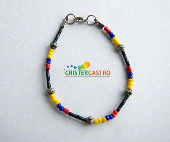 Bracelet Tricolor IN0006 by cristhercastro on Etsy, $2.99