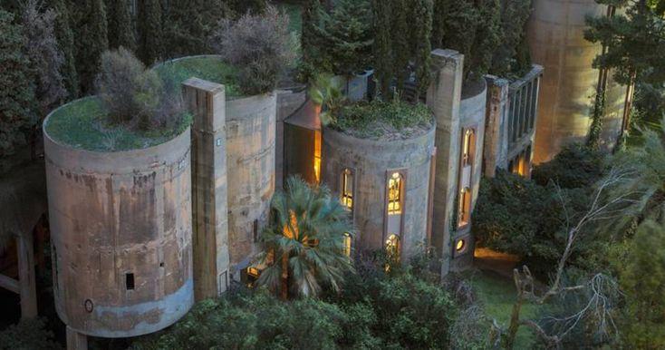 Mimar, Terkedilmiş Çimento Fabrikasını Dönüştürerek Evi Yaptı. Evin Her Köşesi Ayrı Bir Rüya Gibi! - http://www.aylakkarga.com/mimar-terkedilmis-cimento-fabrikasini-donusturerek-evi-yapti-evin-her-kosesi-ayri-bir-ruya-gibi/