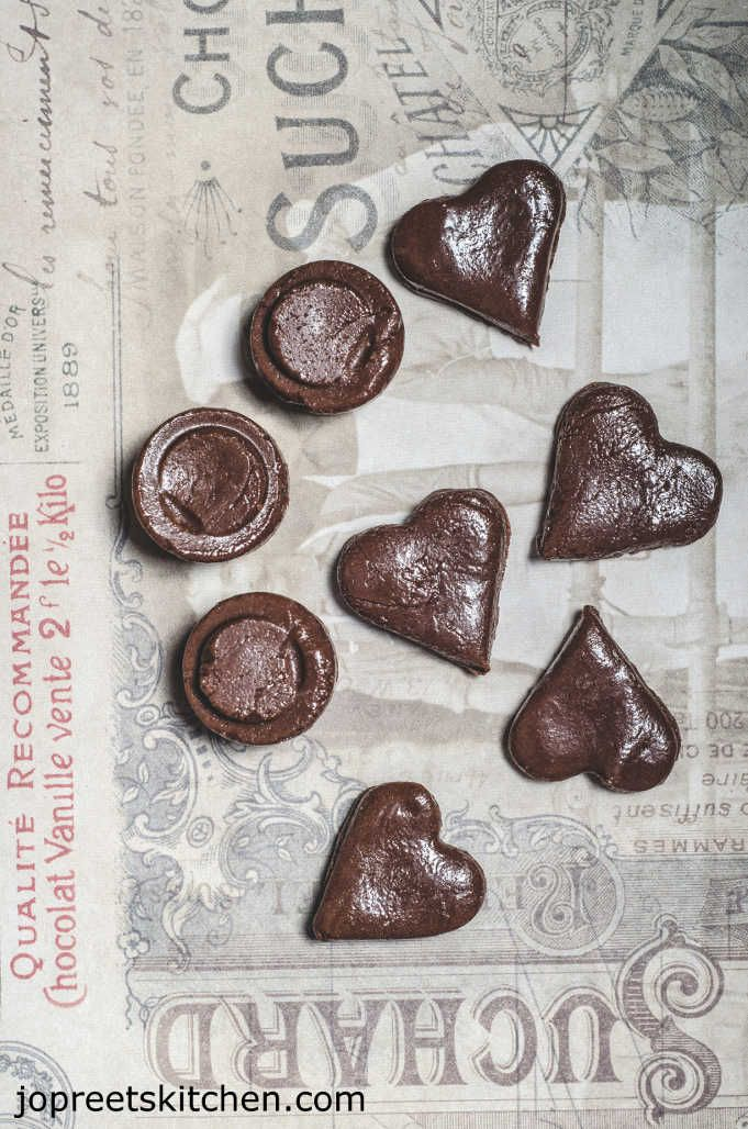 Homemade Milk Chocolate / Easy Chocolate Recipe using Cocoa Powder