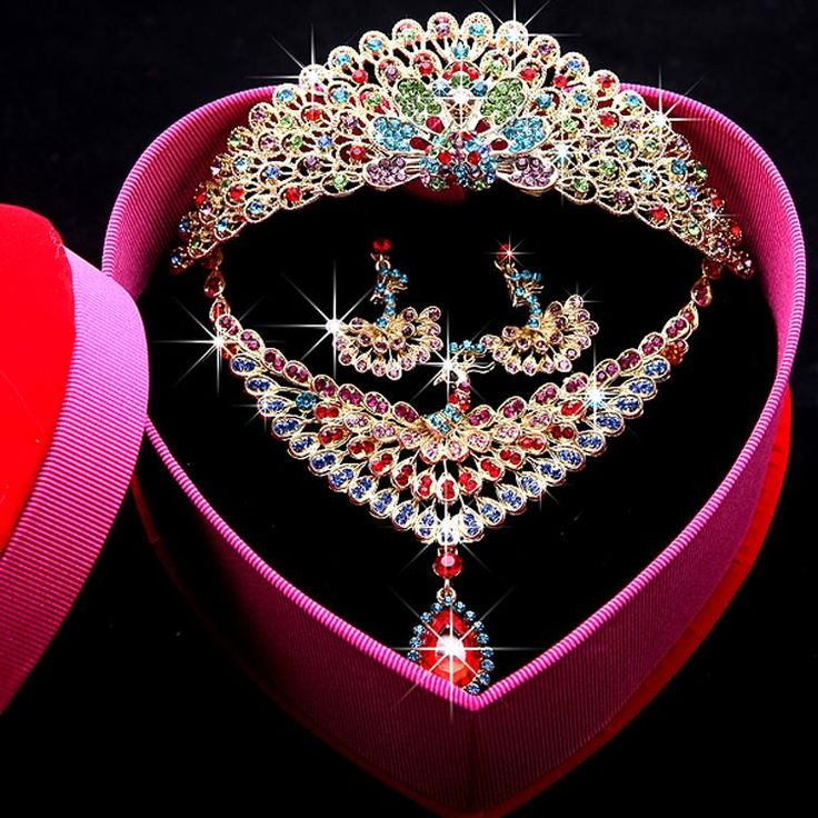 Bridal Hair Vintage 2015 Stunning Sparkly Bridal Accessories Beaded Rhinestone Perfect Bridal Crown Necklace Earring Set Best Sale Bridal Wedding Wear Ah07 Hair Clips Wholesale From Engerlaa, $31.42| Dhgate.Com