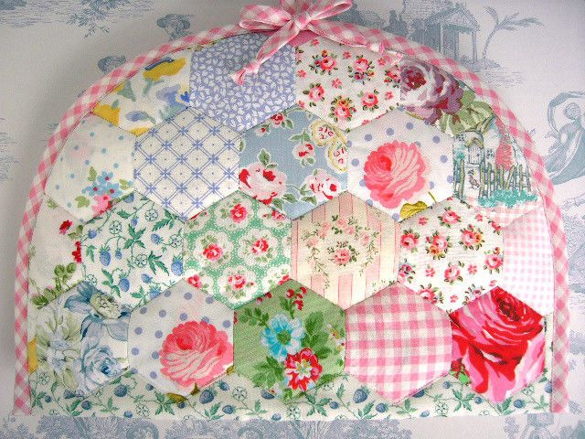 Cath Kidston /Laura Ashley fabric hexagon template patchwork Tea Cosy Handmade