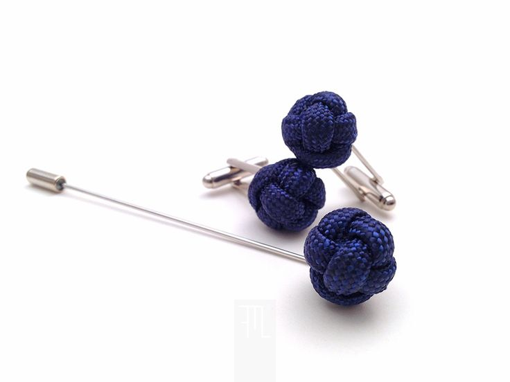 Men lapel pin and cufflink set in classic blue paracord rope, made in Italy by LapelsAndLinks.