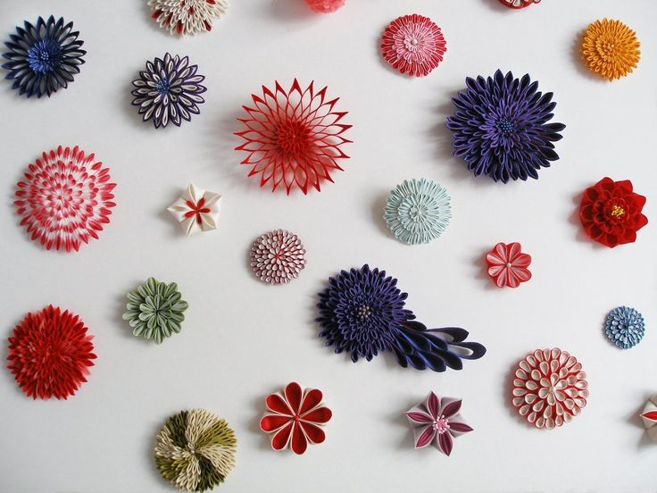 MARIKO KUSUMOTO TSUMAMI ZAIKU, BROOCHES  Silk, silver  Various sizes