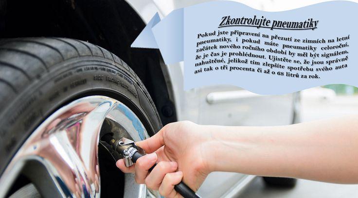 Zkontrolujte pneumatky prázdná či prasklá pneumatika může být na cestách velmi nebezpečná. Před odjezdem na dlouhou cestu se přesvědčte, že máte pneumatiky ve výborném stavu. Zkontrolujte dezén tak, že do drážek vložíte vzhůru nohama pětikorunu. Pokud vidíte celou číslici pět, je čas vyměnit pneumatiky. #zimnípneumatiky