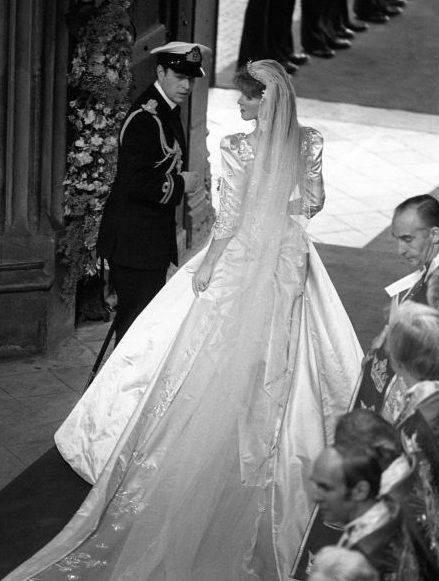 Ravishing the Royals:  The new Duke and Duchess of York leaving Westminster Abbey, 1986
