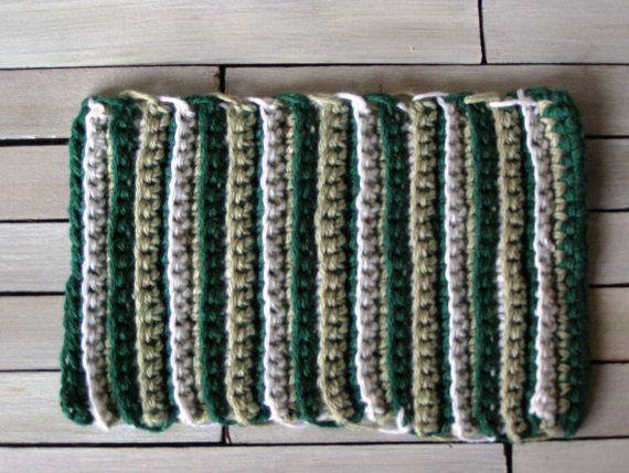Miniature rug dollhouse rug  12th scale dollhouse by DewdropMinis