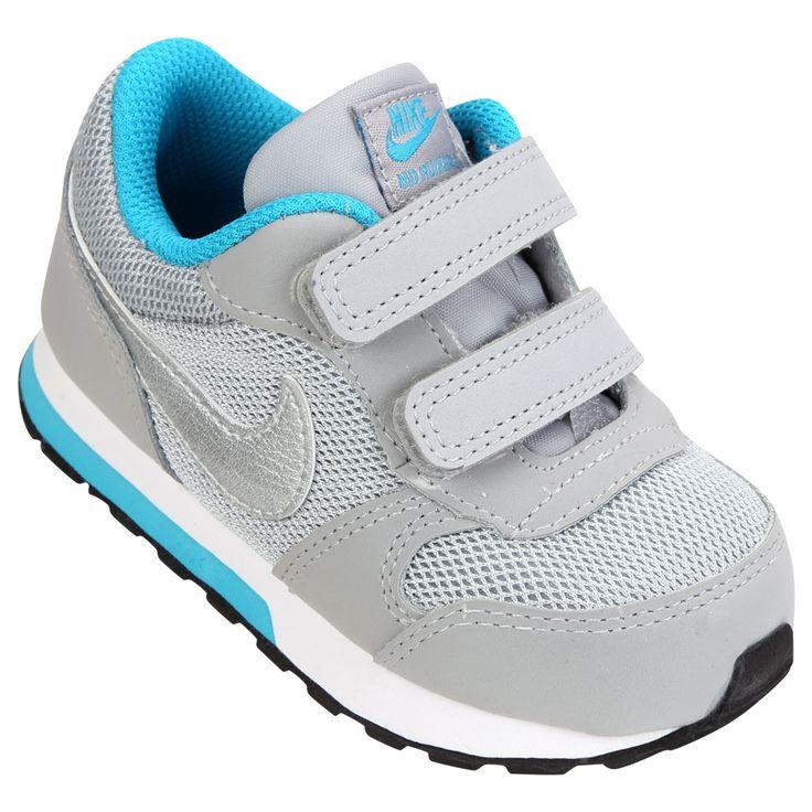 Tênis Nike prata e azul claro