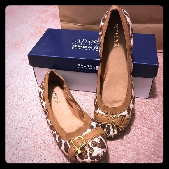 Sperry Top-Sider Leopard Ballet Flats Brand new! Sperry leopard ballet flats. Size 8. Comes with box.🚫NO TRADES🚫 Sperry Top-Sider Shoes Flats & Loafers