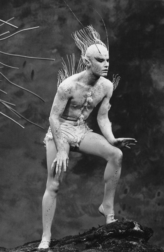- Roddy McDowall as Ariel in Shakespeare's The Tempest - Shakespeare - The Tempest - Richard Burton - Maurice Evans - Lee Remick - R...
