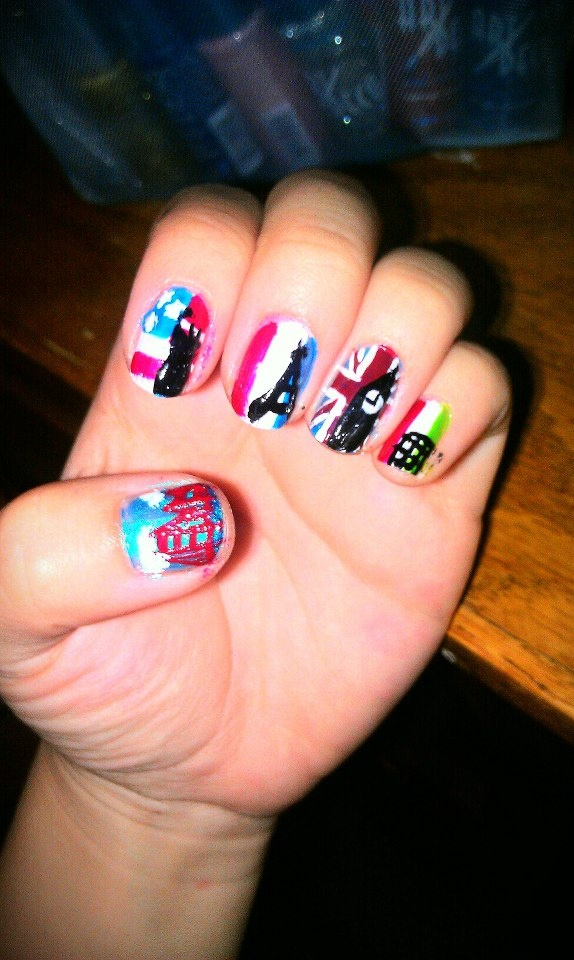 Monuments of the world nails