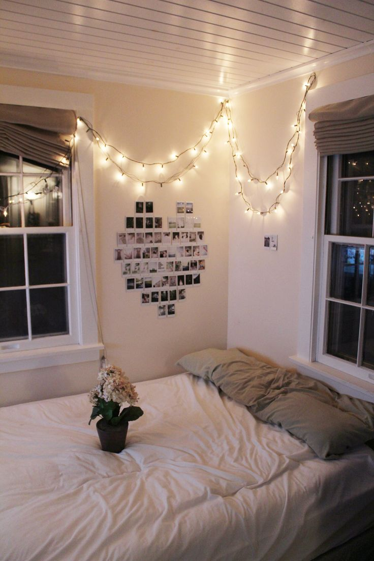 Bedroom ceiling string lights - Fairy Lights And Heart Picture Mural College Dorm Idea