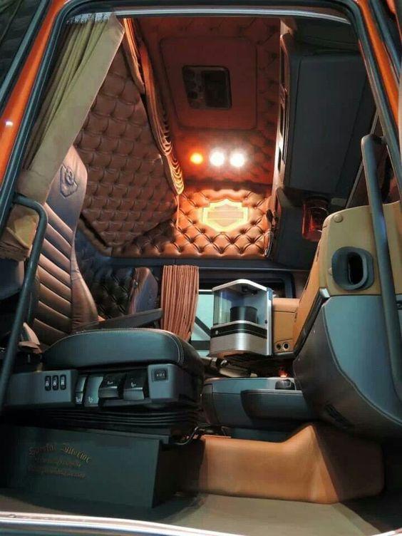 Interieur Van Een Scania Truck Cabine Interieur Truck