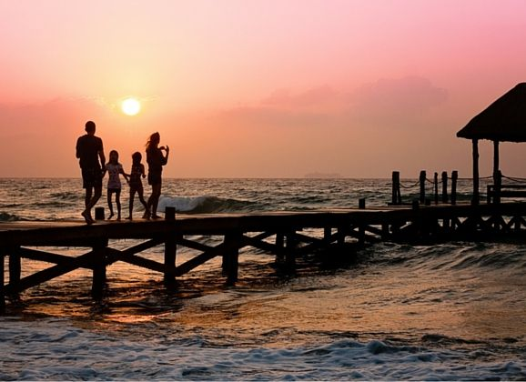 DEVELOP A SAFETY PLAN FOR YOUR OVERSEAS FAMILY VACATION Travelling overseas with your family is exciting but like all trips with children, getting organised before you leave is the most time consuming task.